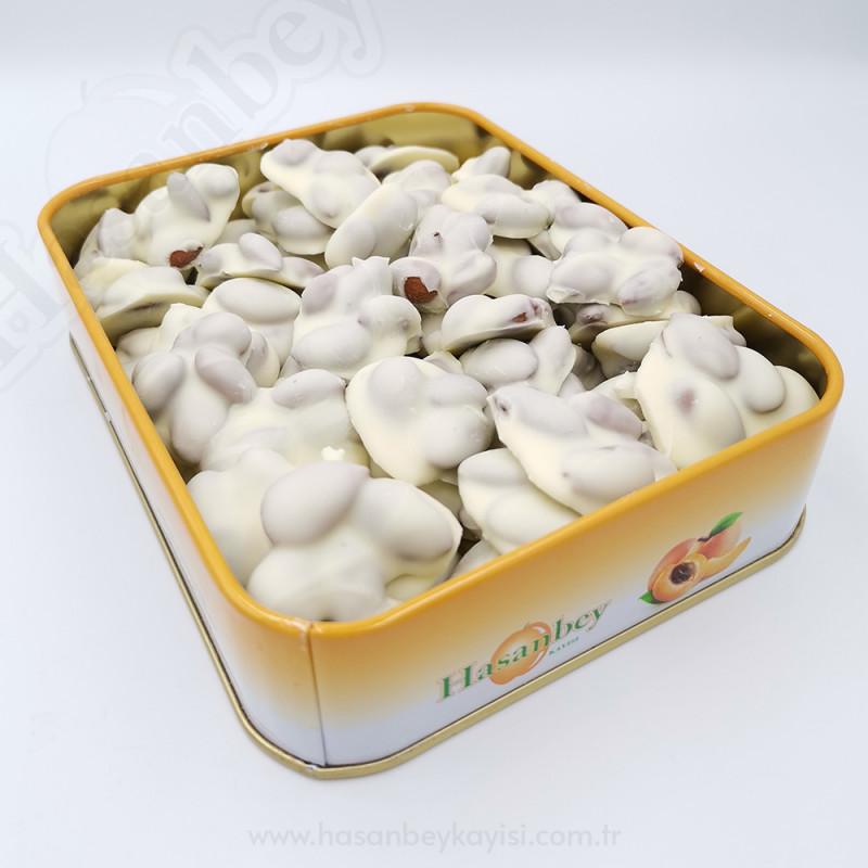 Beyaz Çikolatalı Kayısı Çekirdeği 400 GR