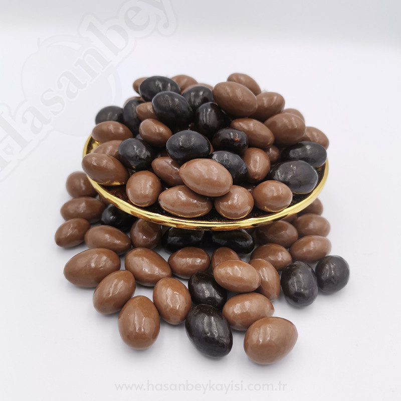 Çikolatalı Kayısı Çekirdeği Draje 500 Gr